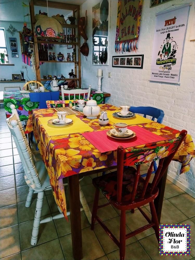 braziliaanse bed and breakfast olinda flor berlicum kamer woonkamer onbijtzaal